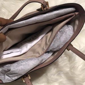 Michael Kors Bags - Michael Michael Kors Jet Set Travel Large Tote